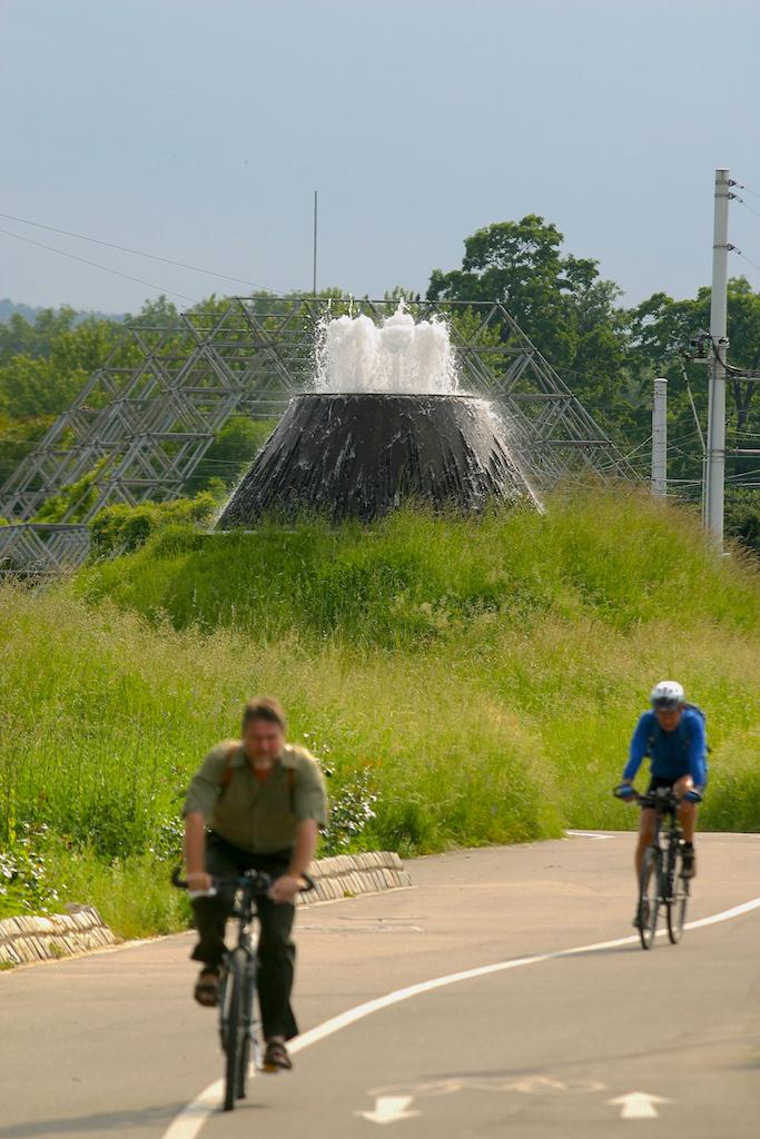 Alemania, Baden-Wurtemberg, Stuttgart, La U Verde, pista cyclable, bicicleta