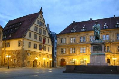 Alemania, Baden-Wurtemberg, Stuttgart, Plaza Schiller, nocturno
