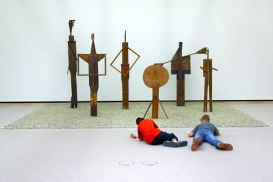 Alemania, Baden-Wurtemberg, Stuttgart, Galería de Arte, visita de estudiantes
