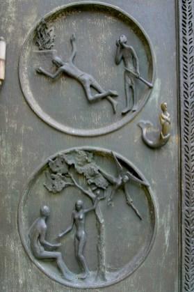 Alemania, Baden-Wurtemberg, Esslingen Am Neckar, iglesia san Dionisio, puerta