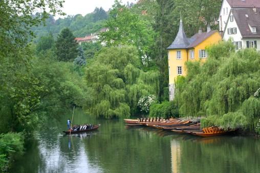 Alemania, Baden-Wurtemberg, Tübingen, río Neckar, paseo por el río