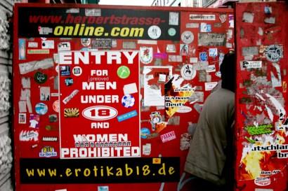 Alemania, Hamburgo, Barrio St Pauli, calle roja
