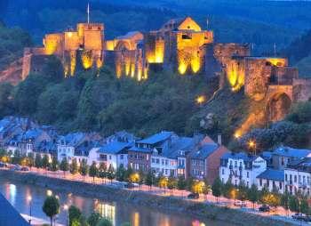 Bélgica, Valonia,  Luxemburgo, Bouillon, Ardenas, Río Semois