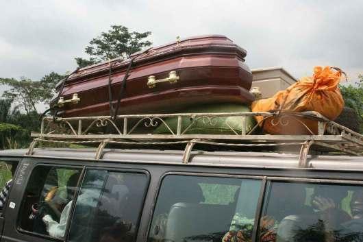 Camerún, Débala, transporte publico