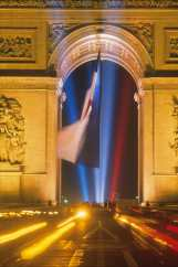 "Francia, Paris, Arc de Triunfo, 3er premio Word Press Photo 1991, ""Categoría Word Art"""