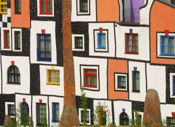 Austria, Blumau, Estiria, Balneario, diseñado por Hunder twasser