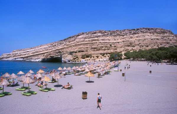 Creta, Troglodita Tumba Romamo Cueba Roca