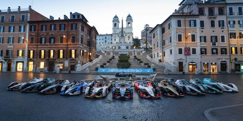 For full details about Formula E, see the website, while for traffic information, see the Roma Mobilità website.