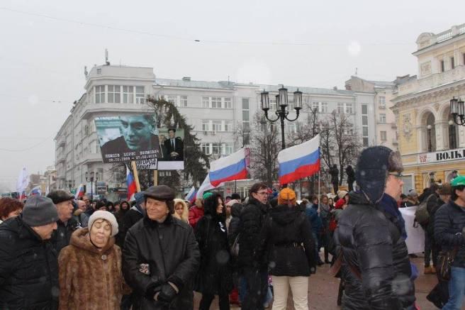 Приближаемся к нижегородскому мемориалу памяти Бориса Немцова Фотографии — Нижегородское Яблоко
