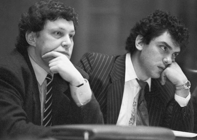 Фото: ТАСС / Scanpix Григорий Явлинский и глава администрации Нижегородской области Борис Немцов, Нижний Новгород, 30 декабря 1992 года