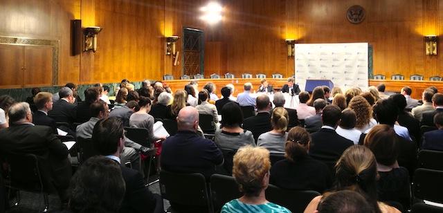 2013.06.11.nemtsov.forum-2