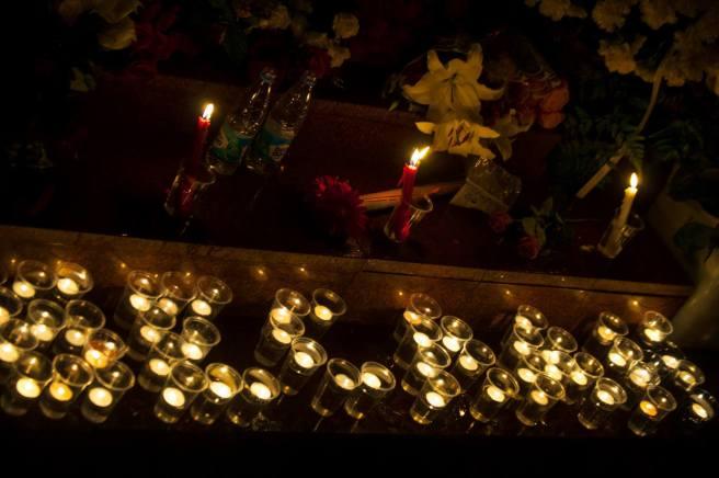 1 сентября 2015 года. Акция памяти погибших в Беслана. Россияне принесли игрушки и воду
