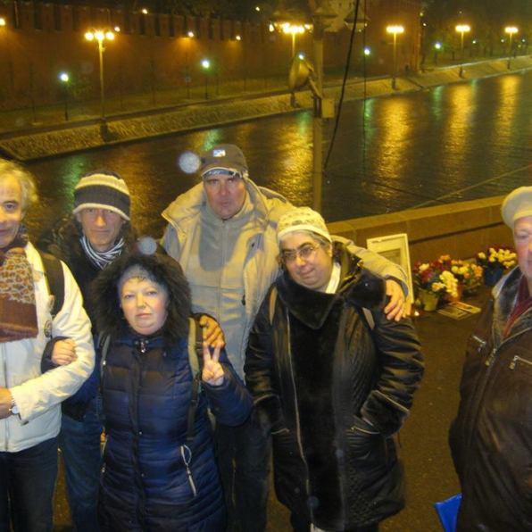 На Немцовом мосту