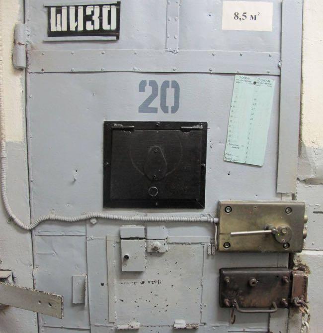 Вход в штрафной изолятор в ИК-7. Фото: Павел Чиков
