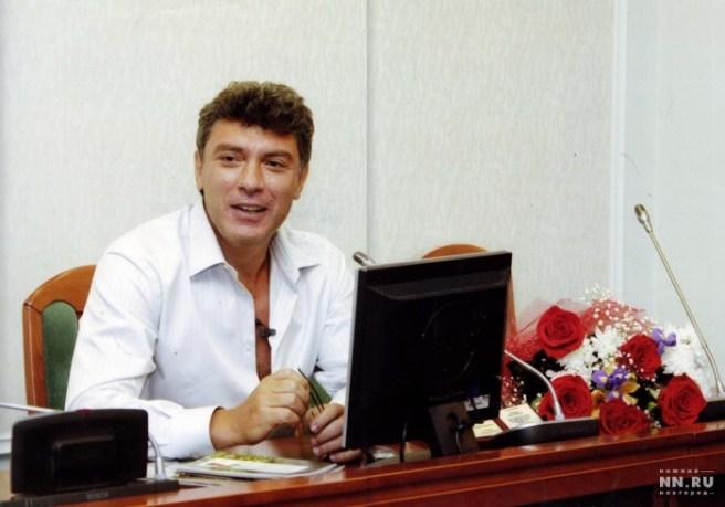 Борис Немцов во время визита в Нижний Новгород. Фото: Александр Будников