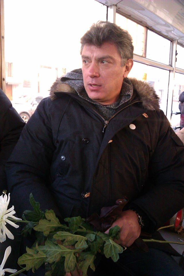 2012-12-15-nemtsov_lubyanka-0