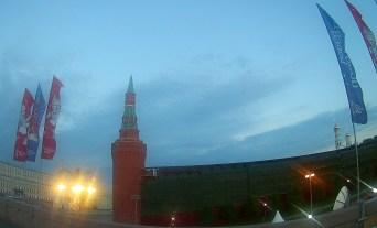 07.07.2018 Ночное дежурство на Мосту Немцова. Пропажа флюгера на башне Кремля