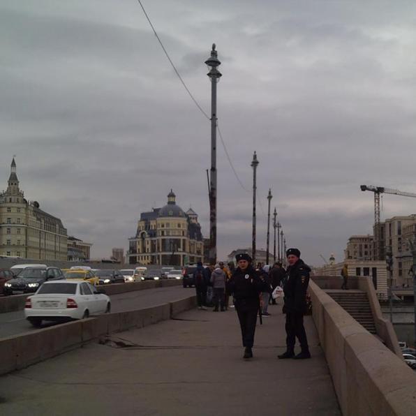 """05.04.2019 Немцов мост. Полиция охраняет. Вдруг будет """"акция""""."""