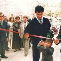 Губернатор Немцов. Открытие здания школы