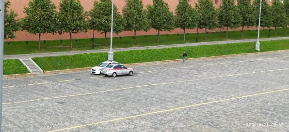 Утреннее дежурство на Мосту Немцова Полиция и Росгвардия