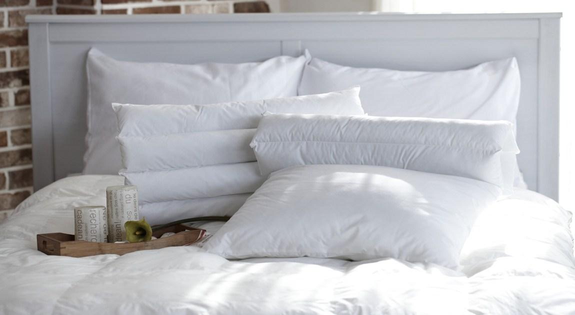 枕 まくら たくさん