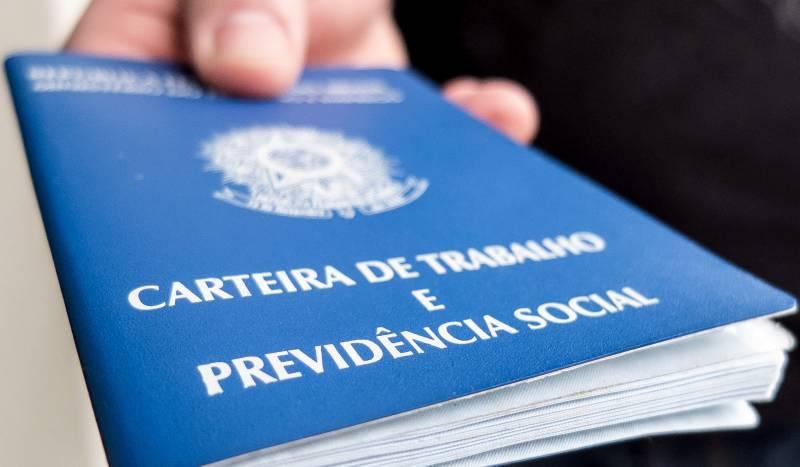 Pernambuco registra alta do emprego formal e profissões técnicas garantem melhores salários