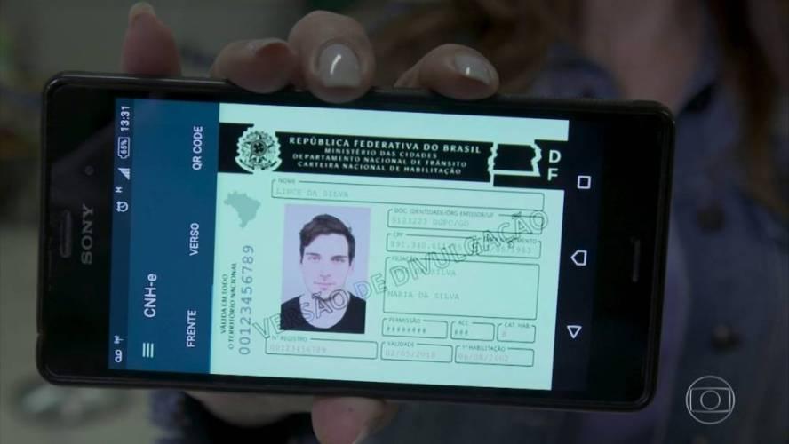 Motoristas pernambucanos podem solicitar CNH digital