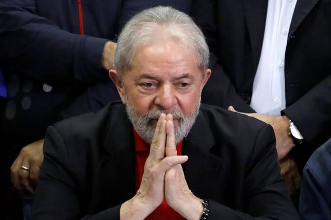 Lula pode evitar prisão buscando exílio em embaixada
