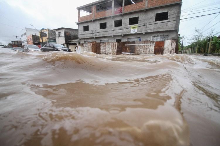 Danos causados pela chuva podem ser indenizados pelo poder público