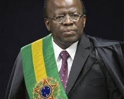 Joaquim Barbosa anuncia que não concorrerá à Presidência