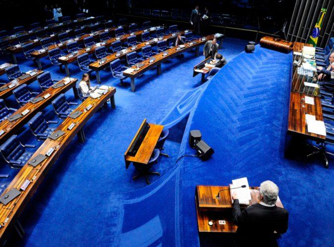 OPOIO A IGUALDADE: Senado aprova multa para quem paga salário diferente a homens e mulheres