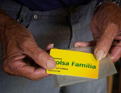 Governo vai fazer 'pente fino' no bolsa família e cortar pagamentos irregulares