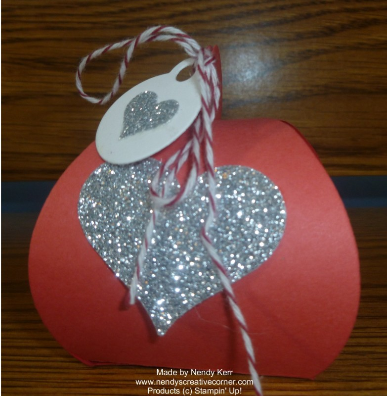 Curvy Keepsake Valentine Treat Holder