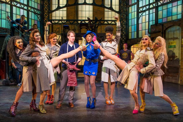 Kinky Boots_London Cast_Photo by Matt Crockett_5229_RT