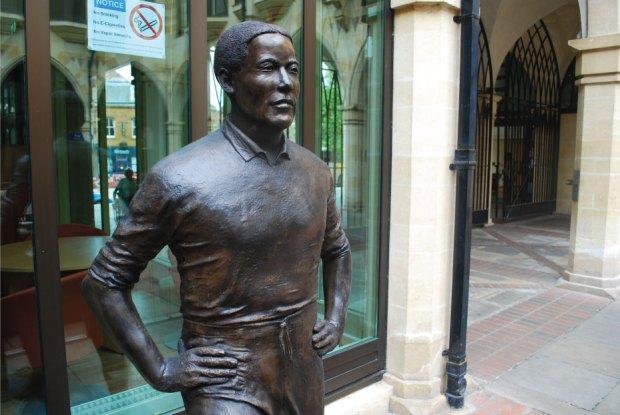 Walter-Tull-Richard-Austin-sculpture