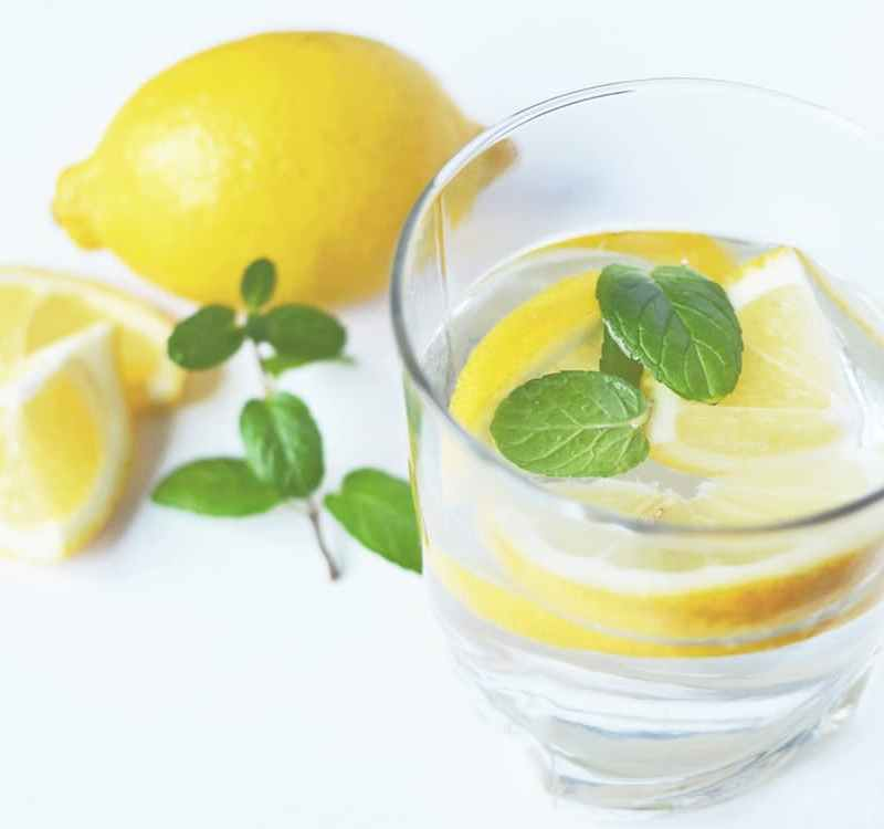 7 Benefits of Water and Why You Should be Drinking it!