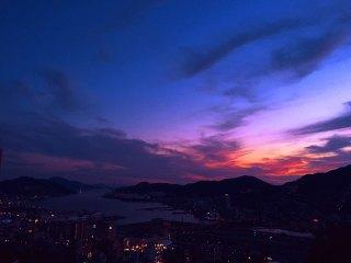 【高解像度】長崎港の夕景