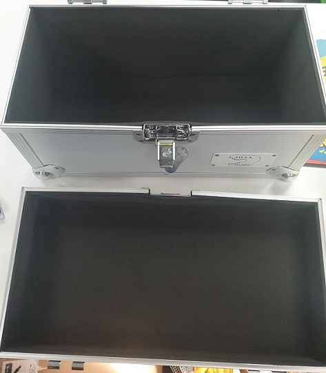 """7"""" singles storage case lid removeable"""