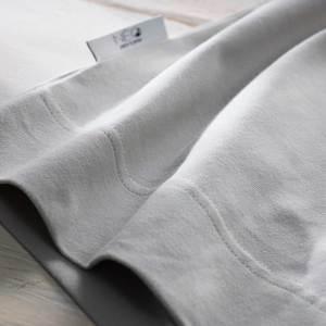 Détail du Bandeau kangourou gris de lin Néo peau à peau recommandée en puériculture pour les bébés à termes ou prématurés