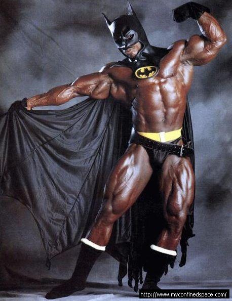 Jesús Negro vestido de Batman