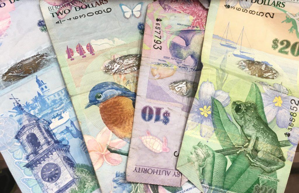 Travel money card review - Xinja - Up Bank