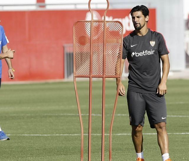 Imagen de la sesión preparatoria del Sevilla FC en el Viejo Nervión. Imagen: SevillaFC.es