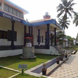 kannur-lighthouse-musuem-travel-guide-entrance