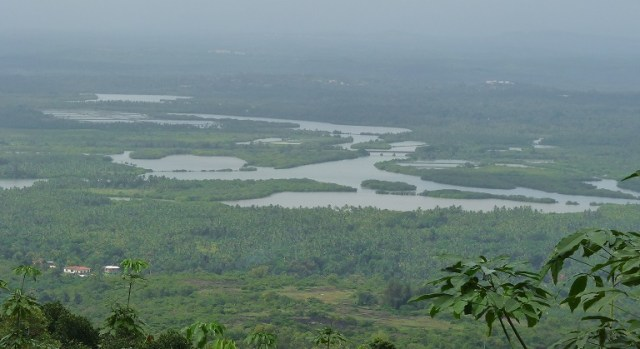 madayipara-complete-travel-guide-view
