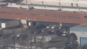 Több halottja van a Chicago melletti lövöldözésnek, meghalt az elkövető is