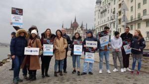 Az antiszemita gyűlöletkeltés ellen tiltakoztak világszerte