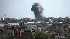 Újabb izraeli légicsapások Szíriában, 14 halott