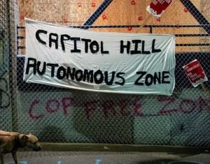 """Fegyveresek őrzik az elfoglalt """"autonóm zónát"""" Seattle-ben"""