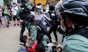 Véres kezű biztonsági főnököt küld Kína Hongkongba