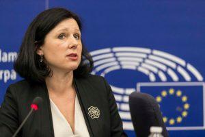 Index-ügy: aggódik a magyar média helyzete miatt az Európai Bizottság alelnöke